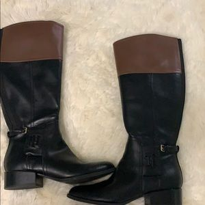 Boots black and brown size 10